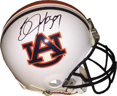 8fc4d8dd972 Powers Autographs  Autographed sports and celebrity memorabilia.