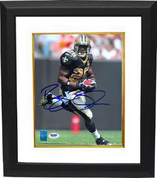 Reggie Bush signed New Orleans Saints 8x10 Photo Custom Framed- PSA/Bush Hologram