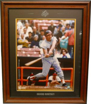 Brooks Robinson signed Baltimore Orioles 16x20 Photo HOF 83 Custom Logo Framed