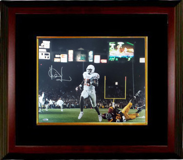 Vince Young signed Texas Longhorns 16x20 Photo Custom Framed- Tri-Star Hologram (2006 Rose Bowl National Championship Game)