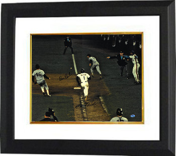 Mookie Wilson signed New York Mets 16X20 Photo Custom Framed (Game 6 1986 World Series) w/Bill Buckner