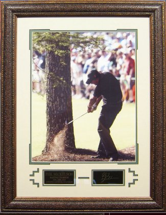 Phil Mickelson 2010 Masters 16x20 Photo Engraved Signature Collection 32x35 Leather Framing (Shot of His Life)
