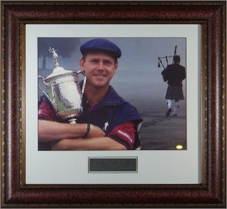 Payne Stewart unsigned 11X14 Photo 1999 US Open/ Bag Piper Tribute Leather Framed