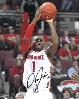 Deshaun Thomas signed Ohio State Buckeyes 8x10 Photo (Jumpshot- white jersey)