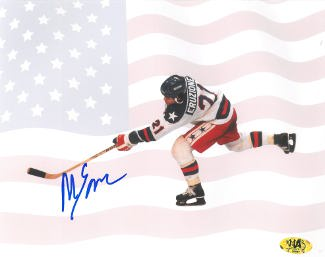Mike Eruzione signed 1980 Team USA Olympic Hockey 16X20 Photo w/ Flag- Game Winning Goal Miracle on Ice vs Soviet Union