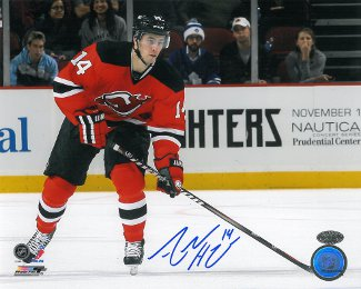 Adam Henrique signed New Jersey Devils 8x10 Photo horizontal