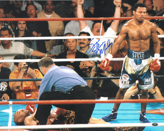 Sugar Shane Mosley signed Boxing 16X20 Photo Knockout