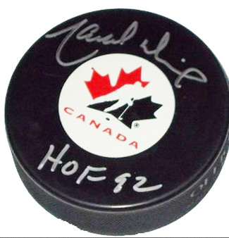 Marcel Dionne signed Team Canada Hockey Puck HOF 92