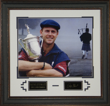 Payne Stewart 1999 US Open 16x20 Photo Engraved Signature Series 22x30 Premium Leather Framing