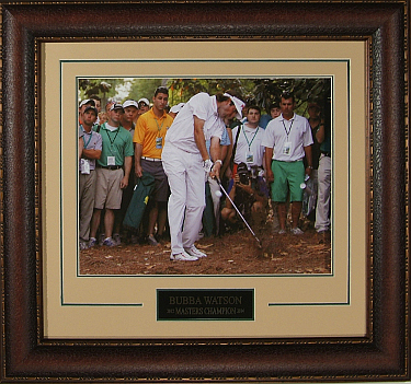 Bubba Watson 2012 Masters at Augusta 11X14 Pinestraw Photo - Premium Leather Framing & V-Groove Matting
