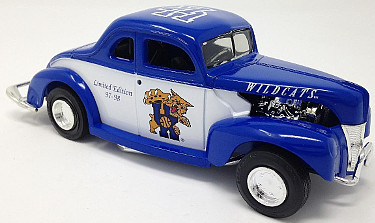 Kentucky Wildcats 1997-98 Basketball ERTL 1940 Ford Modified Coupe Diecast Bank 1:25