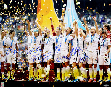 2015 World Cup Champions Team Signed 16x20 photo (9-sigs) Julie Johnston ,  Kelley O'Hara, Christine Rampone- Tri-Star Hologram