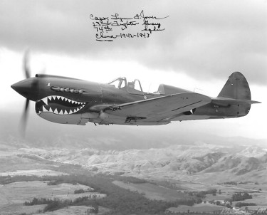 "Lynn Jones signed WWII ""Flying Tigers"" Ace 1942-43 Vintage B&W 8x10 Photo w/ insc- PSA Holo #AD57136"