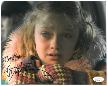 Dakota Fanning signed 2005 War of the Worlds 8x10 Photo Christina- JSA Hologram #DD39217