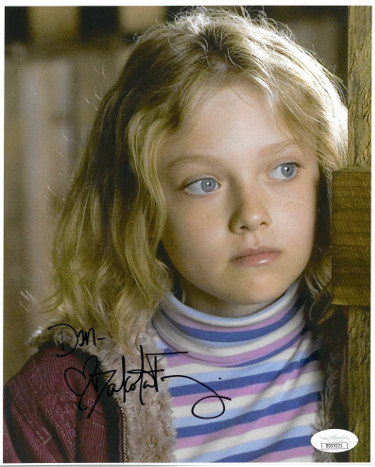 Dakota Fanning signed Dreamer 8x10 Photo Dan- JSA Hologram #DD39221