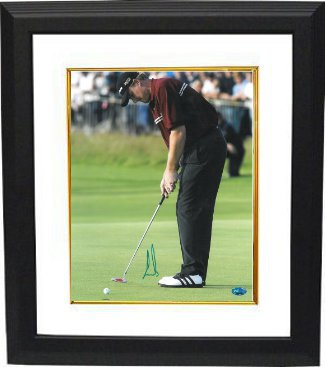 Ernie Els signed 11x14 PGA Golg Photo Custom Framing 2002 British Open putt- PSA Hologram