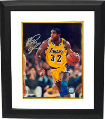 Magic Johnson signed Los Angeles Lakers 16x20 Photo Custom Framing - JSA Hologram