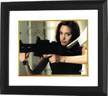 Angelina Jolie signed Mr. and Mrs. Smith 11X14 Photo Custom Framed (Horizontal Machine Gun)- Beckett Holo #C87121