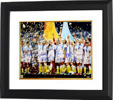2015 World Cup Champions Team Signed 16x20 photo Custom Framing (9-sigs)  - Alyssa Naeher, Amy Rodriguez- Tri-Star Hologram
