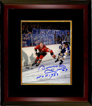 Bobby Hull signed Chicago Blackhawks 8x10 Photo Custom Framed #9 HOF 1983 (vs St. Louis Blues)