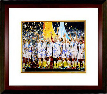 2015 World Cup Champions Team Signed 16x20 photo Custom Framed (9-sigs)  - Alyssa Naeher, Amy Rodriguez- Tri-Star Hologram