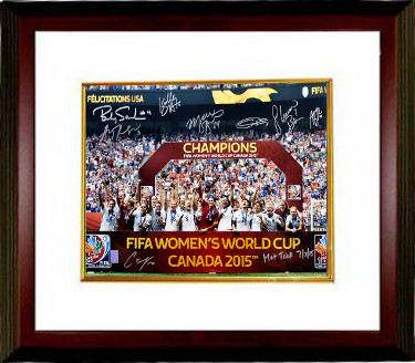 2015 World Cup Team USA Women's Soccer Signed 16x20 photo Framed (8-sigs) Hat Trick 7/5/15- Shannon Boxx- Tri-Star