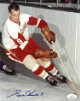 Gordie Howe signed Detroit Redwings Vintage 8x10 Photo #9- JSA Hologram #DD64311 (White jersey)